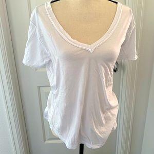 Z Supply V neck Tee shirt
